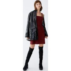 Sukienka w kratkę vichy. Czerwone sukienki Pull&Bear, w kratkę. Za 79,90 zł.