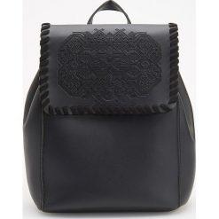 Plecak w stylu boho - Czarny. Czarne plecaki damskie Reserved, boho. Za 119,99 zł.