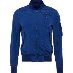 Blauer GIUBBINI CORTI  Kurtka wiosenna blu limoges. Białe kurtki męskie marki Blauer. W wyprzedaży za 475,60 zł.
