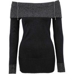 Sweter dzianinowy bonprix czarno-srebrny. Niebieskie swetry klasyczne damskie marki bonprix, na lato, w kwiaty, z asymetrycznym kołnierzem. Za 89,99 zł.