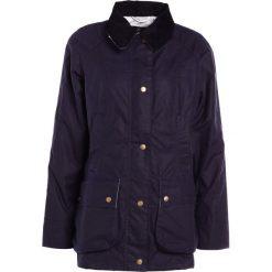Płaszcze damskie pastelowe: Barbour MONTEVIOT  Krótki płaszcz dark blue