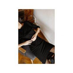 Wygodna Dzianinowa Sukienka do kolan czarna. Szare sukienki asymetryczne marki bonprix, melanż, z dresówki, z kapturem, z długim rękawem, maxi. Za 369,00 zł.