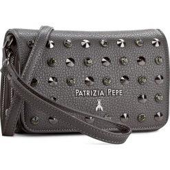 Torebka PATRIZIA PEPE - 2V7214/A2XL-S493  Dark Gray. Czarne listonoszki damskie marki Patrizia Pepe, ze skóry. W wyprzedaży za 359,00 zł.