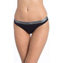 Calvin Klein Underwear - Stringi Thong. Różowe stringi marki Calvin Klein Underwear, l, z dzianiny. Za 64,90 zł.