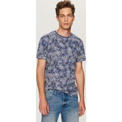 T-shirty męskie: T-shirt z nadrukiem w rowery – Granatowy