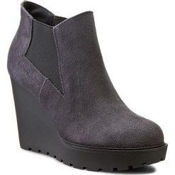 Botki CALVIN KLEIN JEANS - Sydney RE9004 Ebony. Szare buty zimowe damskie Calvin Klein Jeans, z jeansu. W wyprzedaży za 319,00 zł.
