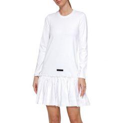 Długie sukienki: Sukienka w kolorze białym
